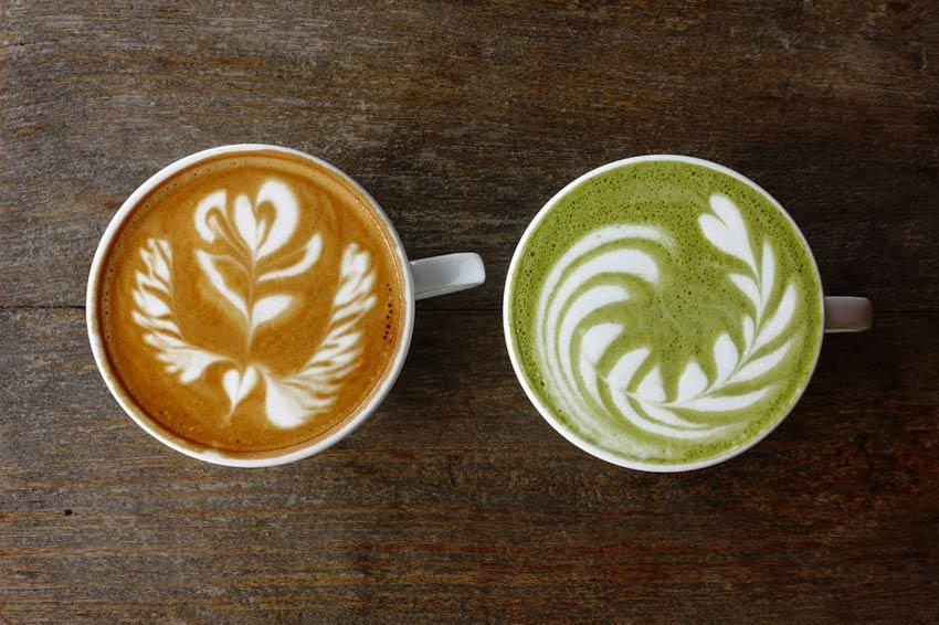 Matcha und Kaffee im Vergleich
